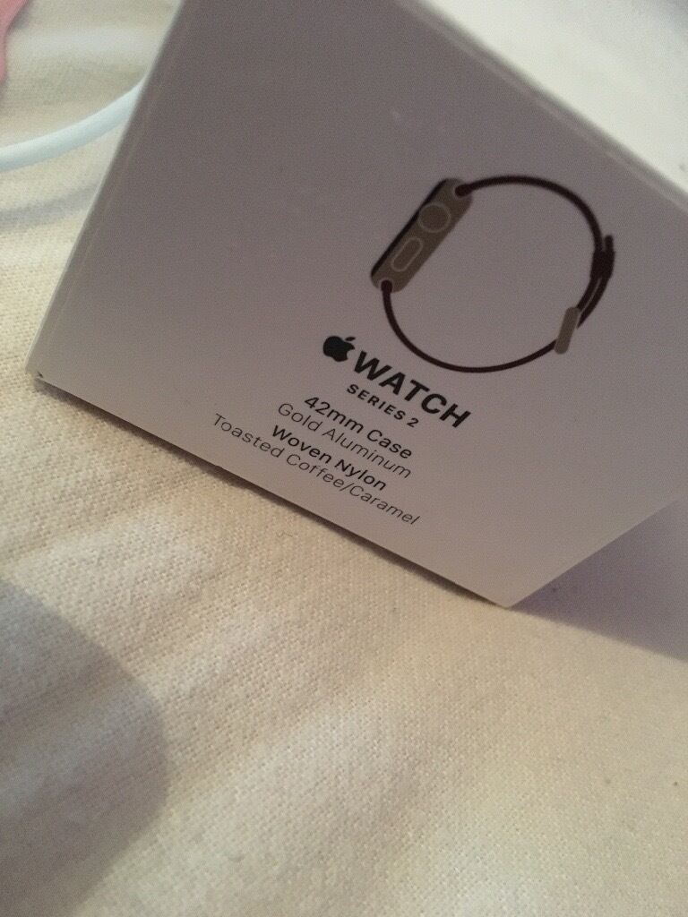 Apple Watch series 2 42mm gold excellent conditionin Newcastle, Tyne and WearGumtree - Apple Watch Series 2 Gold 42mm Did originally have the coffee/caramel woven nylon strap however I found that it got dirty quickly so I bought a vintage pink silicone strap which just wipes clean. Further straps can be bought very cheaply from eBay...
