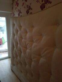 A used king size mattees in very good condition very clean no stains