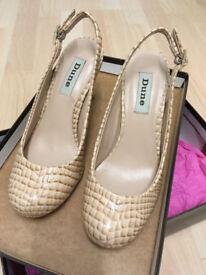 Ladies court shoes, Dune, Size 3