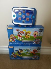 Paw Patrol Ryder's pup pad and action sets