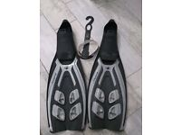 Bodyglove Snap 4 Fins, Made in Italy (size 'S', 38-39, 5-6)