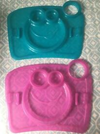 Children's tray plates by Tomy