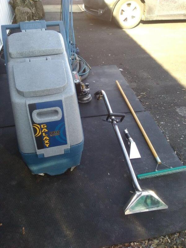 PORTABLE CARPET CLEANING MACHINE GALAXY PRO 2700.