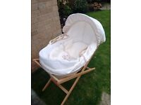TRADITIONAL MOSES BASKET / BASSINET for Baby (instead of cot or crib)