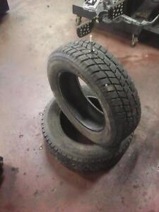 195/65/15 Pair of Winter Hankook Tires, with 90% Tread, Installed, 11/32""