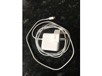 29watt Apple MacBook charger