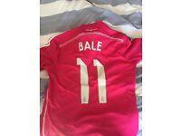 Real Madrid shirt. Bale