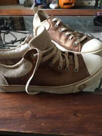 Ugg Brand New Bronze Baseball Boots / Trainers 6.5