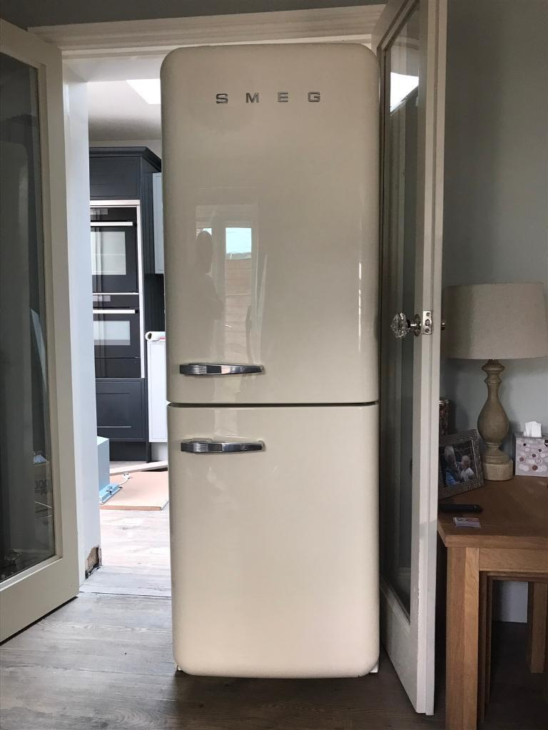 smeg fridge freezer fab32 in romsey hampshire gumtree. Black Bedroom Furniture Sets. Home Design Ideas
