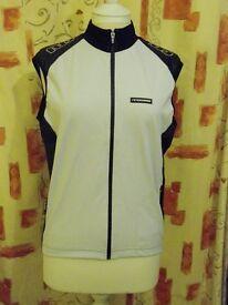 Ladies Moozes Sasha Sleeveless Windshell Jacket. White. Size: XXL
