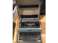 Vintage Olivetti Lettera 32 typewriter