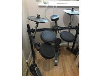 ELECTRONIC drum kit £250 ONO