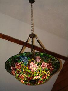 Tiffany Lamp - cathedral Ceiling