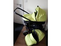 Carry cot and car seat venicci