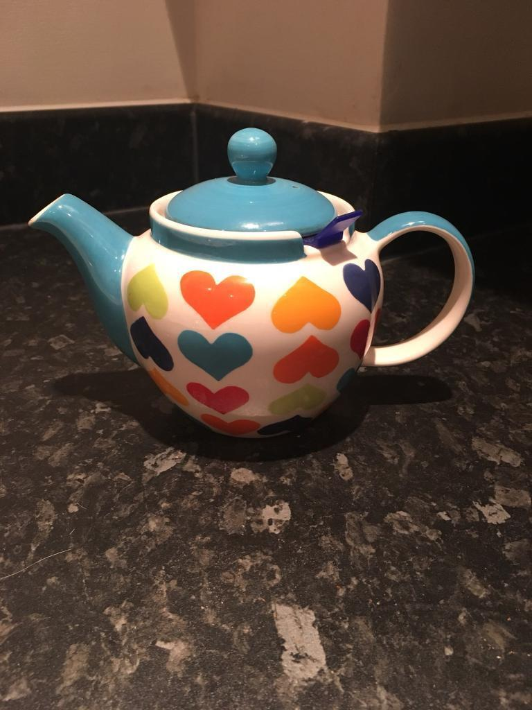 Beautiful colourful teapot for sale, £3