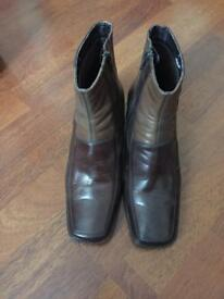 Clark's size 6 leather boots