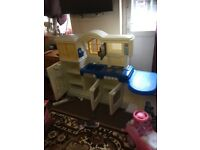 Little tikes toys kitchen is in excellent condition