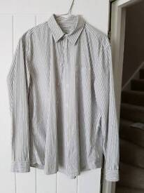 Men's GAP long sleeved shirt Size L Large