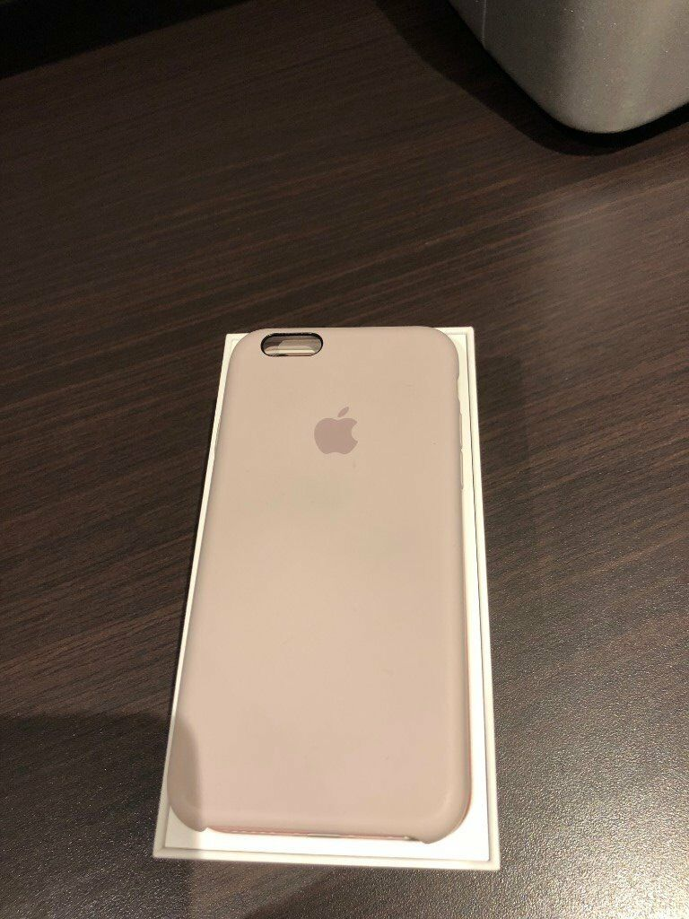 Apple iPhone 6s 64GB in rose gold plus accessories - all in excellent condition