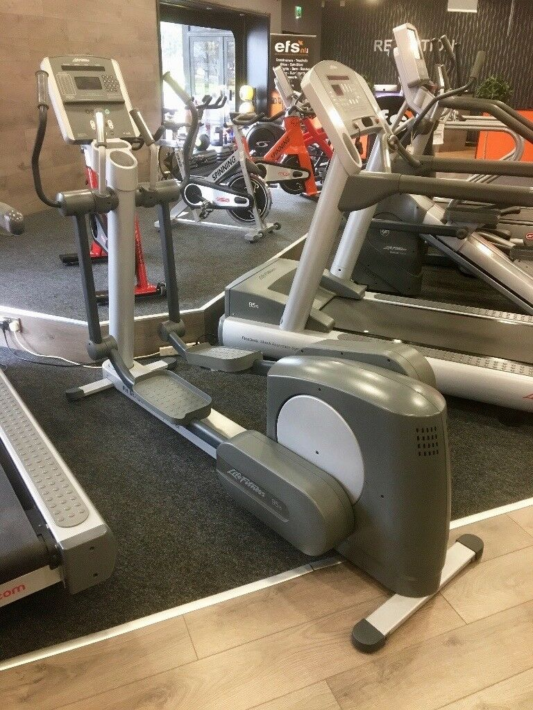 LIFE FITNESS 95XI REFURBISHED CROSS TRAINER FORSALE!!