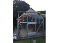 Fully functioning metal framed, 8' x 6' greenhouse. Siliconed panes