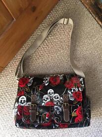 Skull and roses bag