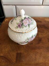 Coalport bone china The Bon Bon collectors box