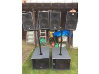 HK lucas powered speakers