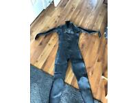 DHB Wetsuit XL with 3mm Tribord boots and gloves