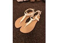 Size 4 new sandal