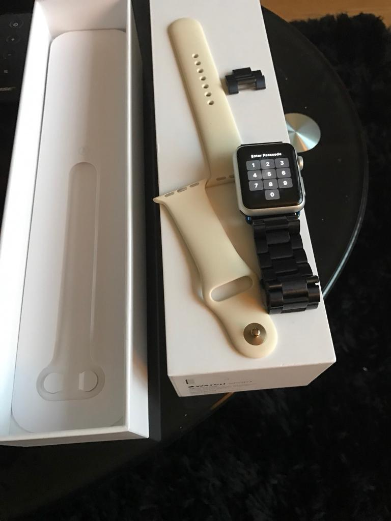 Apple Watch 38mm Boxed with spare strap and charger