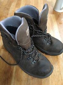 Scarpa Ladies walking boots