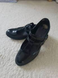 Shoes by New look.size 6