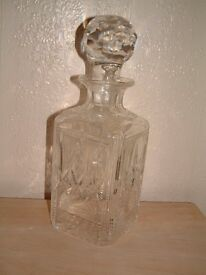 GLASS DECANTER IN VGC,