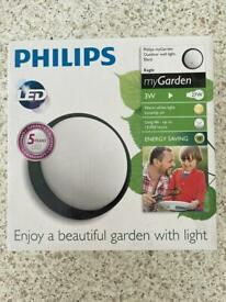Philips outdoor led light brand new