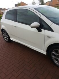 Fiat punto 1.4 gbt 3dr white with brio pack