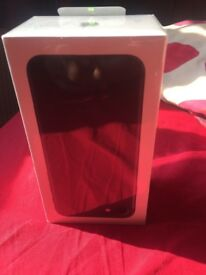 brand new Iphone 7 32 gb Matt black with EE