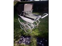 Vintage Silver Cross pram. Ready to use. Rolls along perfectly.