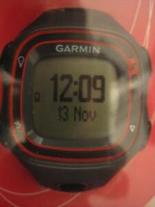 Garmin Forerunner 10 GPS Watch. Track Distance, Pace and Calories. Training Features. Run / Walk. Store and Share