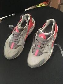 Huarache Nike Trainers Size 5