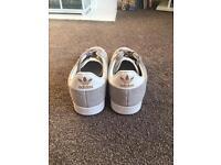 Adidas Gazelle size 5