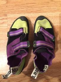Ladies rock climbing shoes size 7.5
