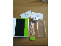 Motorola Moto X Play- £180.00- almost new- used only two months
