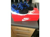 Infant black and blue huaraches uk size 5.5