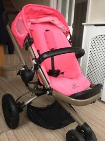 Quinny buzz with bronze frame, precious pink seat unit, pink passion foldable carrycot