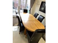 Solid Oak Extending Dining Table with 6-8 Leather Chairs chunky