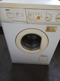 Washing machine/tumble dryer