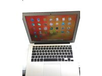 Apple MacBook Air 13 Inch i5 macOS High Sierra 10.13 Model 2014 Supper Fast, Excellent Condition.