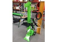 NEW VERTICAL LOG SPLITTER, 6 TON, 2700 WATT, BALLYNAHINCH .