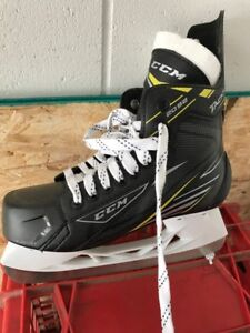 Size 4 boys CCM tacs used once